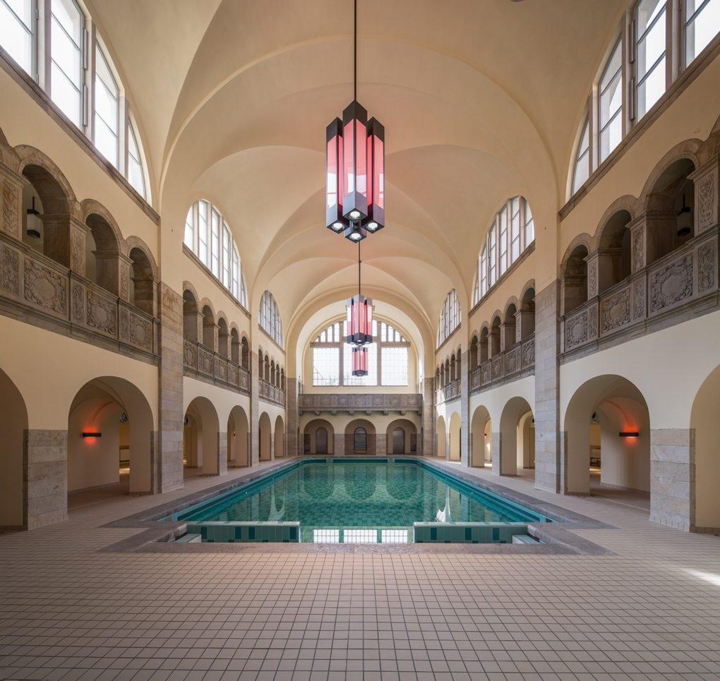 berliner hotels hotel oderberger berlin vom stadtbad zum au ergew hnlichen hotel berliner. Black Bedroom Furniture Sets. Home Design Ideas