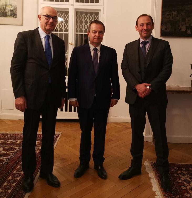 Botschaftsgespräch in der Serbischen Botschaft 08-04-2019 Botschaftsgespräch mit dem Ersten stellvertretenden Ministerpräsidenten und Außenminister der Republik Serbien, S.E. Herrn Ivica Dačić sowie dem Serbischen Botschafter, S.E. Dr. Dušan Crnogorčević