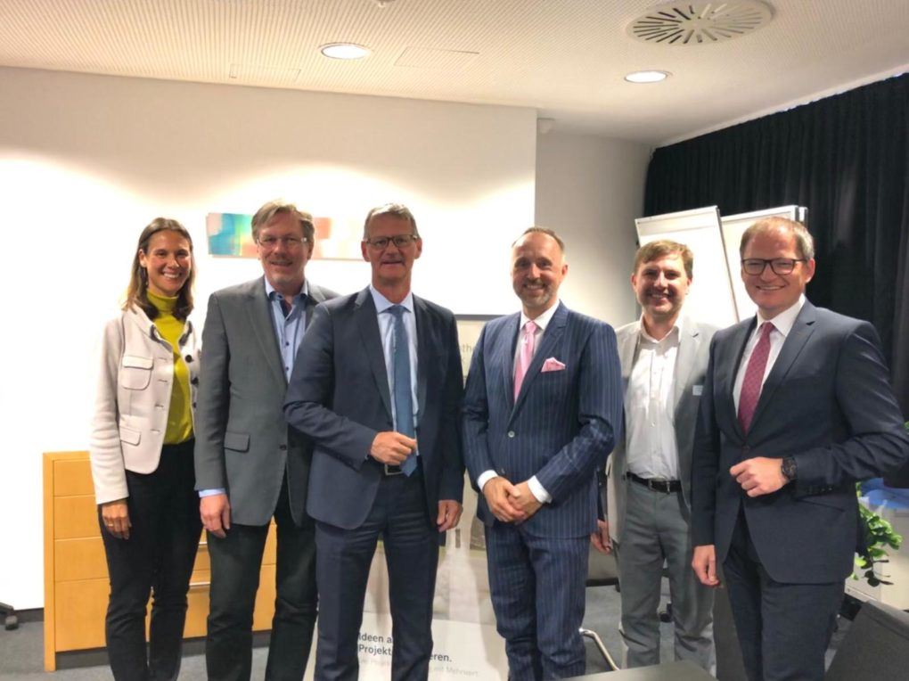 Versorgungsmodelle (intersektoral) neu gedacht 06-05-2019 spannende Podiumsdiskussion in der apoBank Berlin