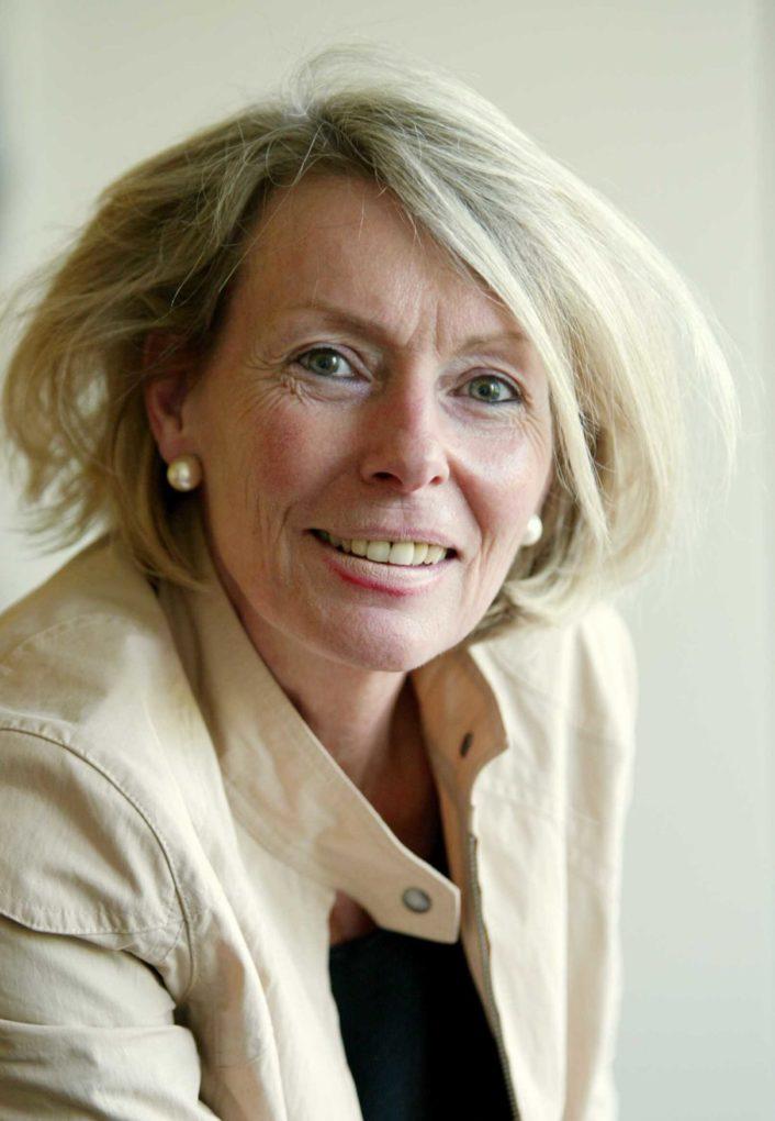 Dr. Gisela Dybowski
